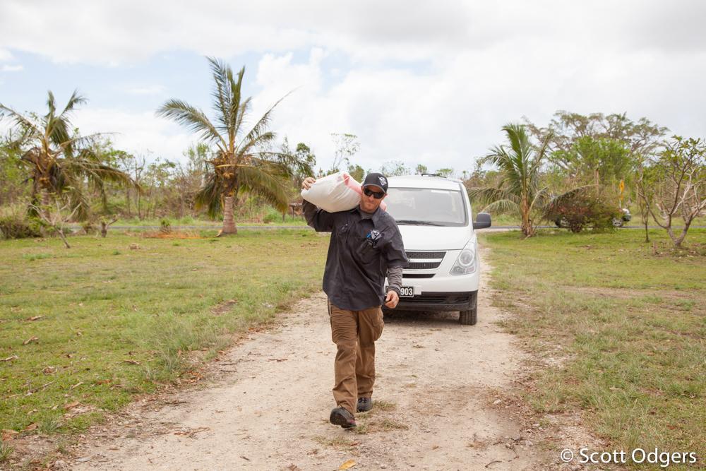 Scott Odgers © 2015-03-31_Vanuatu Relief_272